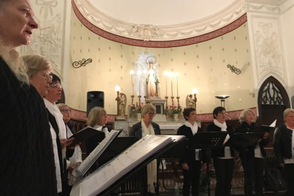 Harmonie autour de Martine Roinac